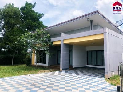 3 Bedroom Home for Sale in Mueang Chumphon, Chumphon - Quick sale! Single house, area 133.8 sq. wa. , Mueang Chumphon.