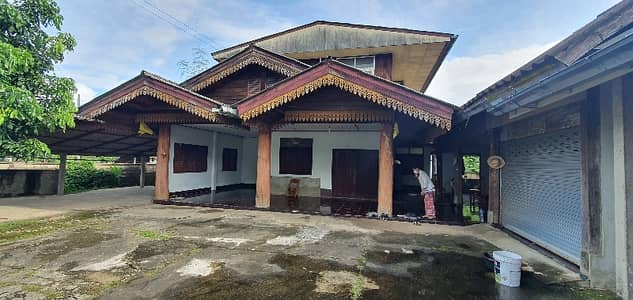 3 Bedroom Home for Sale in Mueang Pan, Lampang - 2 storey house for sale with land 108 sq m. On the road on 2 sides