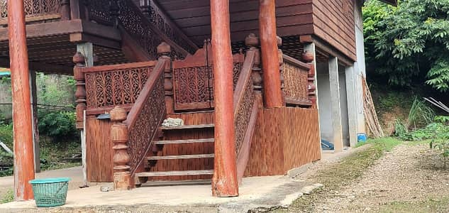 1 Bedroom Home for Sale in Ko Kha, Lampang - 2 storey house for sale, teak wood, plus 1 more house, one floor with land 108 sq m. , next to the main road and 2 side roads, suitable for commercial shops.