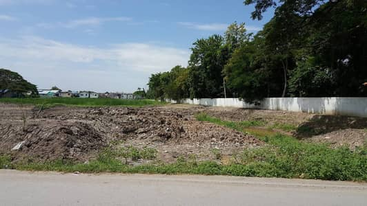 Land for Sale in Sai Mai, Bangkok - Land for sale Chatuchote Can make a village Yellow area
