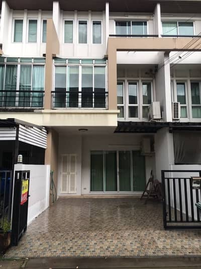 3 Bedroom Townhouse for Rent in Pak Kret, Nonthaburi - 3 storey townhome for rent Fully furnished Vista Park Chaengwattana