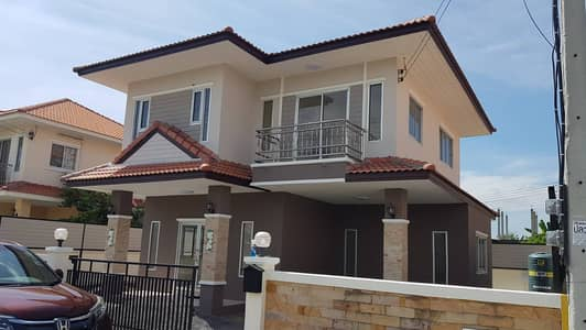 3 Bedroom Home for Sale in Mueang Lop Buri, Lopburi - Baan Piyarom 2, luxury detached houses in the heart of the business district and government centers. among the shopping malls Big C, Makro, Lotus, Home Pro, Robinson, Thai Watsadu and many more Access to the project in many ways. can be issued bypass