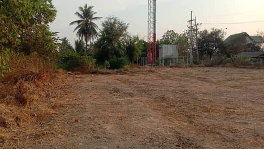 Land for Sale in Mueang Suphan Buri, Suphanburi - Land for sale, filled with an area of 2 rai 53 square wa, beautiful corner plot, next to the road on 2 sides, with a land lease agreement (Income every year) Ban Phothipraya, Muang Suphan, land reclamation is suitable for building a house for living in Su