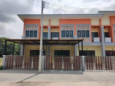 2 Bedroom Townhouse for Sale in Mueang Nakhon Si Thammarat, Nakhonsithammarat - New townhouse, non-flooding, wide road, quiet, in the heart of the city.