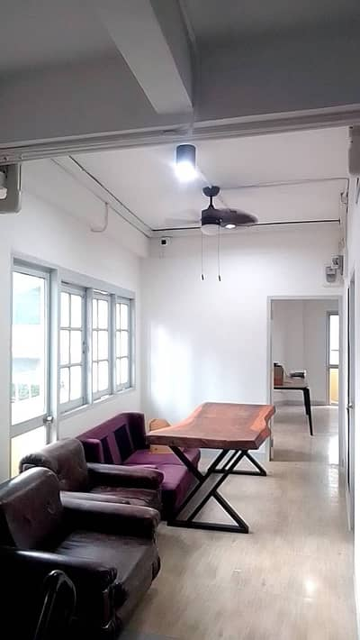 Office for Rent in Khlong Toei, Bangkok - Space for rent, room, room for monthly rent Or make an office Sukhumvit 26 near bts Phrom Phong