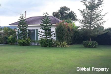 3 Bedroom Home for Sale in Phanat Nikhom, Chonburi - 3 bedroom house with Private Pool Pattaya