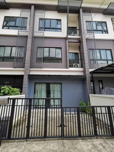Office for Rent in Lam Luk Ka, Pathumthani - Rent townhome, house, office, Lam Luk Ka Casa, next to the main road